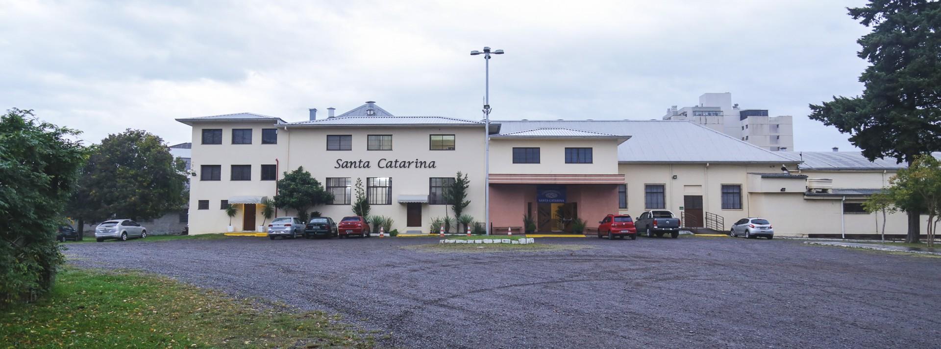 Espaço de Eventos <br />Salão Paroquial Santa Catarina